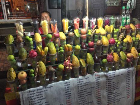 ルアンパバーンの果物ミックスジュース