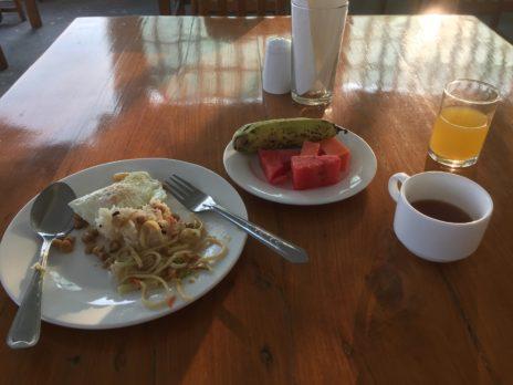 ホテルのビュッフェ朝食