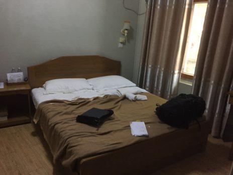バガン、イワンモーテルの寝室