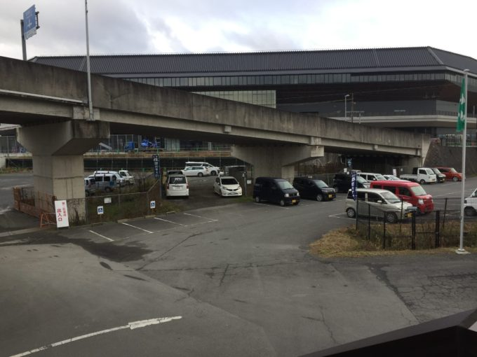 乗船場の駐車場①